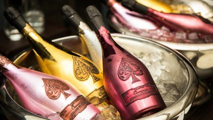 Armand de Brignac flaskor